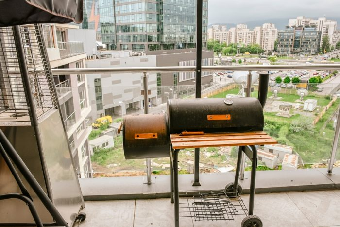 best gas grill for apartment living
